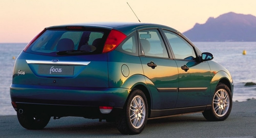 2018 - [Ford] Focus IV - Page 12 Ford-focus_1998_Hecbeks_15113122253_1