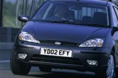 Ford Focus sedana foto attēls 2