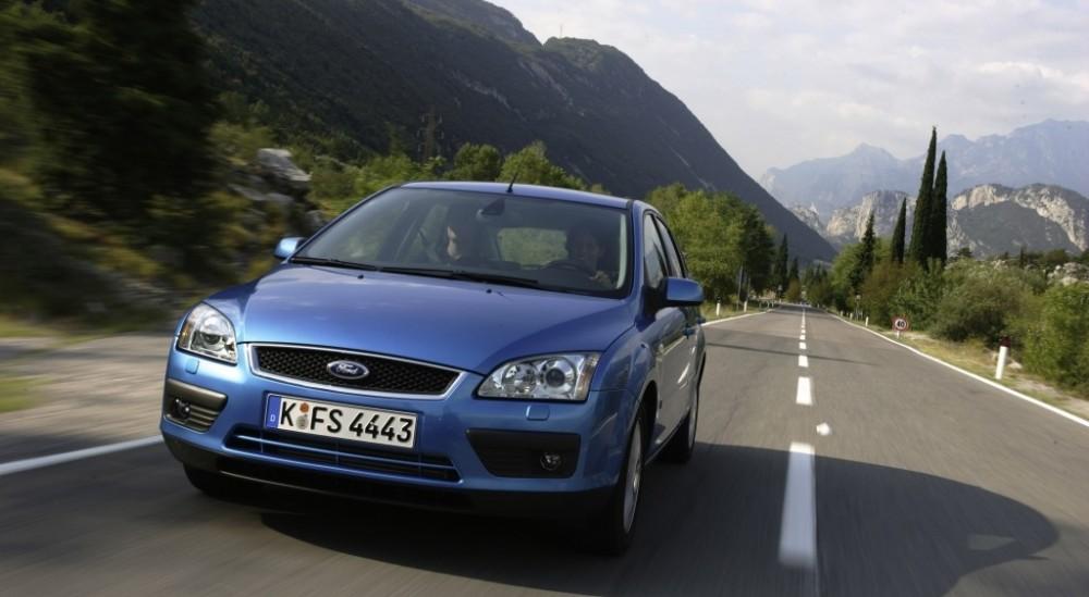 Ford Focus 2004 foto attēls