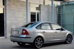 Ford Focus sedana foto attēls 4