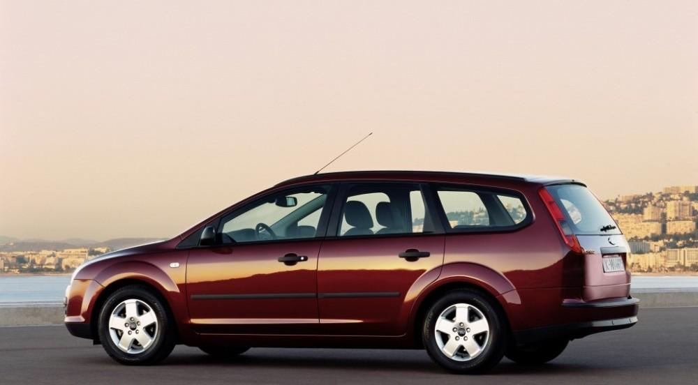 ford focus estate car wagon 2005 2008 reviews. Black Bedroom Furniture Sets. Home Design Ideas