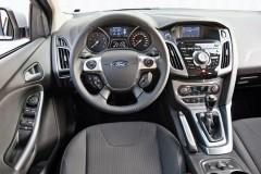Ford Focus sedana foto attēls 7