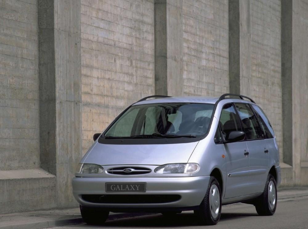 Ford Galaxy 1995 foto attēls