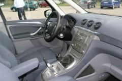 Ford Galaxy minivena foto attēls 14