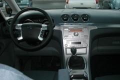 Ford Galaxy minivena foto attēls 4