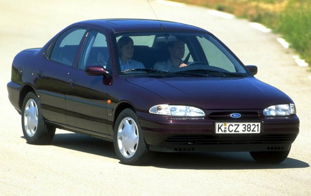 Ford Mondeo 1996 foto attēls