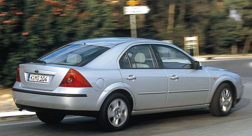 Ford Mondeo Hatchback 2000 2003 Reviews Technical Data Prices