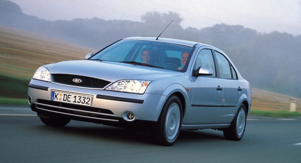 ford mondeo sedan 2000 2003 reviews technical data prices. Black Bedroom Furniture Sets. Home Design Ideas