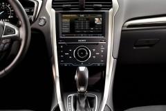 Ford Mondeo sedana foto attēls 18