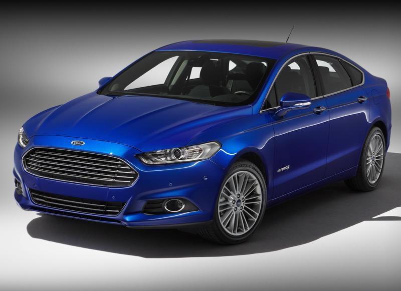 Ford Mondeo 2013 foto attēls