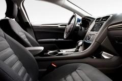 Ford Mondeo hečbeka foto attēls 13