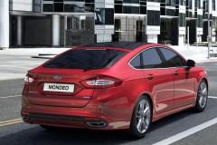 Ford Mondeo hečbeka foto attēls 11
