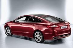 Ford Mondeo hečbeka foto attēls 10