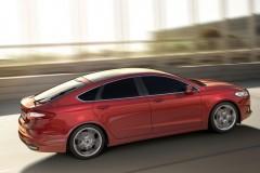 Ford Mondeo hečbeka foto attēls 4
