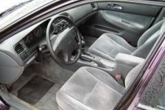Honda Accord estate car photo image 7