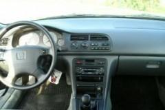 Honda Accord estate car photo image 9