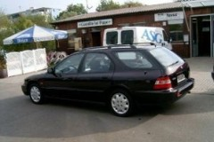Honda Accord estate car photo image 16