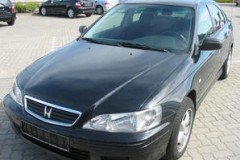 Honda Accord hatchback photo image 12