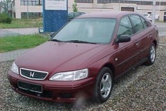 Honda Accord hatchback photo image 6