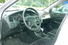 Honda Accord hatchback photo image 5