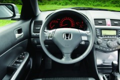 Honda Accord sedan photo image 3