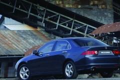 Honda Accord sedan photo image 2