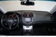 Honda Accord Tourer estate car photo image 7