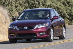 Honda Accord sedan photo image 10