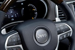 Jeep Grand Cherokee photo image 12