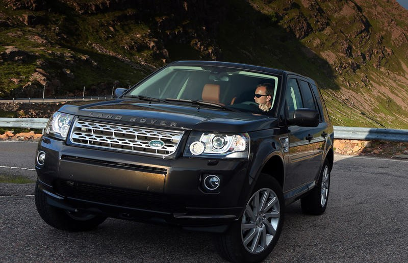 Land Rover Freelander 2012 - reviews, technical data, prices