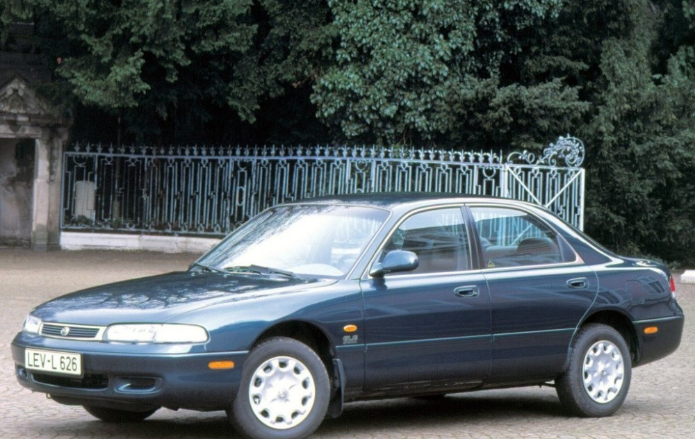 Mazda 626 Sedan 1995 - 1998 reviews, technical data, prices
