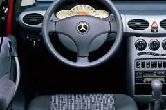 Mercedes A clase hatchback foto 1