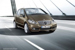 Mercedes A class hatchback photo image 8