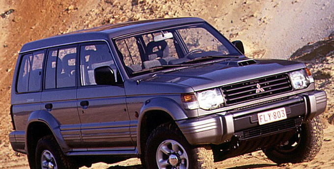 mitsubishi pajero 1991 1997 reviews technical data prices rh auto abc eu mitsubishi pajero 1991 workshop manual 1991 Mitsubishi Pajero Philippines