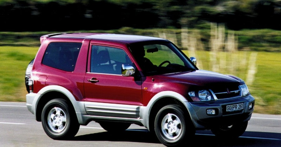 mitsubishi pajero 3 door 2000 2003 reviews technical data prices rh auto abc eu