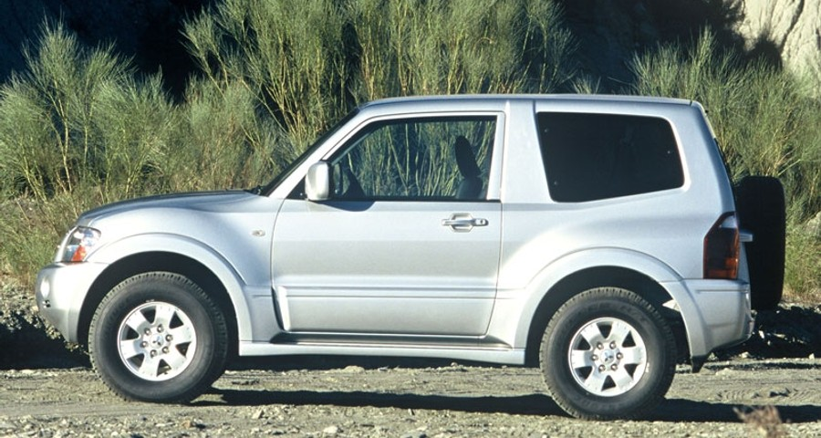 mitsubishi pajero 3 door 2003 2006 reviews technical data prices rh auto abc eu Mitsubishi Pinin Shogun Mitsubishi Pajero Evolution
