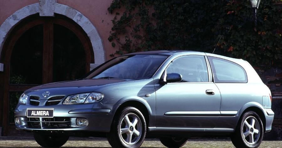 Nissan Almera 3 door Hatchback 2000 - 2002 reviews, technical data ...
