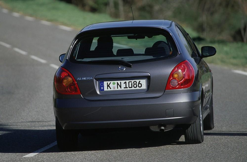 Nissan Almera 3 Door Hatchback 2002 2006 Reviews