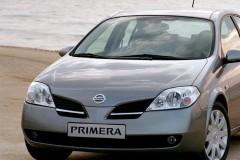 Nissan Primera hečbeka foto attēls 7