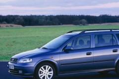 Opel Astra universāla foto attēls 4