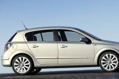 Opel Astra hečbeka foto attēls 6