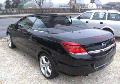 opel astra cabrio 2007 2010 reviews technical data prices. Black Bedroom Furniture Sets. Home Design Ideas