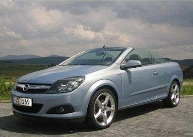 Opel Astra 2007 foto attēls