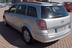 Opel Astra universāla foto attēls 12