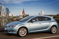 Opel Astra hečbeka foto attēls 1