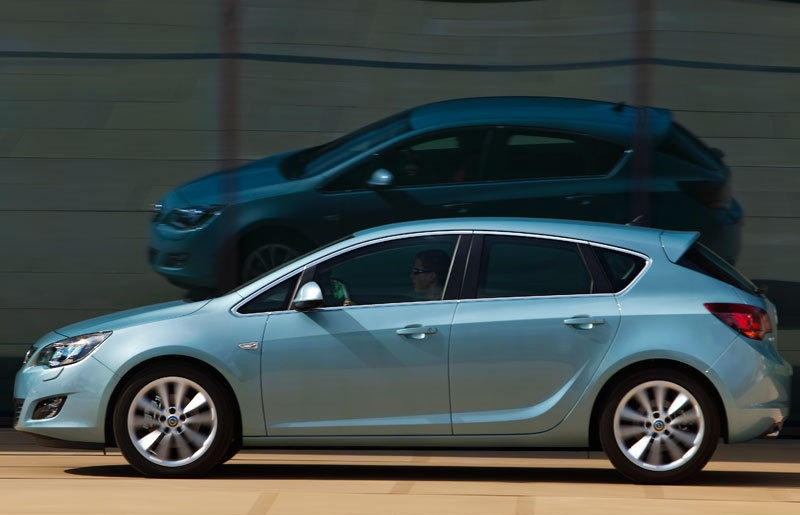 Opel Astra Hatchback 2010 - 2012 reviews, technical data, prices