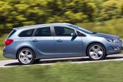 Opel Astra Sports Tourer universāla foto attēls 1
