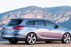 Opel Astra Sports Tourer universāla foto attēls 6