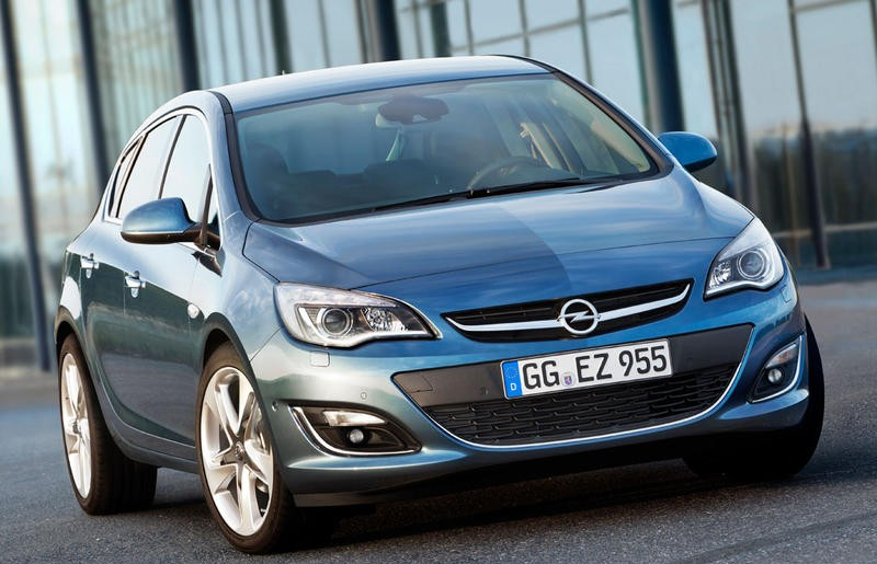 Opel Astra 2012 photo image