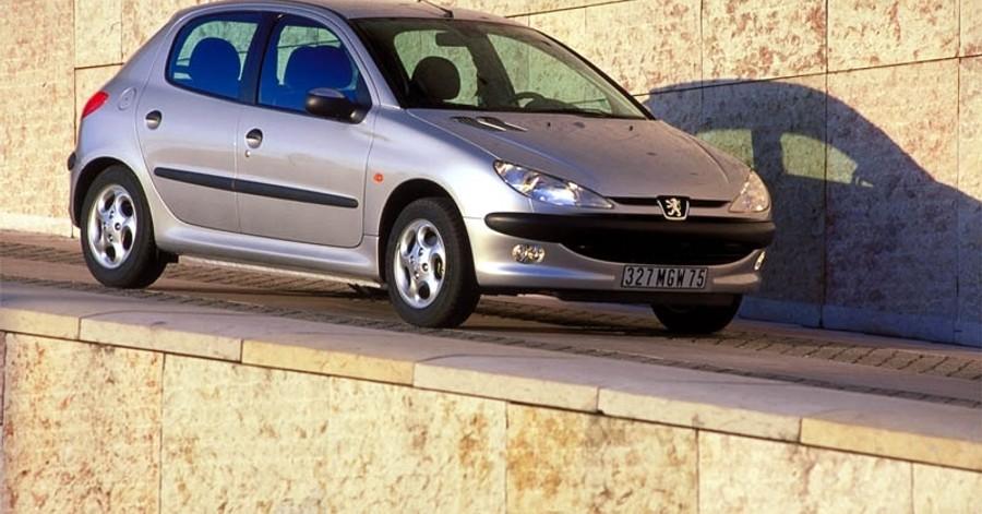 Peugeot 206 1998 foto attēls